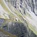 La Capanna Scaletta vista dall'alto, con la vena rossa un po' più a destra