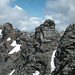 """Auf dem T. d'Orza SW-Gipfel (Gipfel 7): die Ueberschreitung der """"Seven Summits"""" scheint bei dicker Gewitterluft nicht ratsam, sondern eher, wenn die Luft wieder rein ist..."""