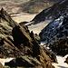 Tiefblick von der Glocknerscharte (etwa 3755m) in die Pallavicinirinne, einer der schwersten Aufstiegsrouten zum Großglockner.