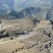 Die eindrückliche Geröllebene beim Giblistock - ich konnte es kaum glauben - in seiner Mitte liegt ein Gletscherchen (das nächsten Sommer sicher nicht mehr überleben wird)