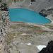 Tiefblick auf den weissen und den blauen See von den Lavatinahörnern