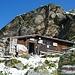 Seetalhütte - die Türe offen