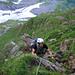 Steile Graskletterei unterhalb Chnorren