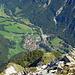 Gewaltiger Tiefblick ins 1400 m tiefer gelegene Vättis