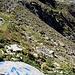 Bei Pt. 2'227, Abzweiger Richtung Zahm Andrist. Markierungen dieser (altbekannten) Art finden sich auf dem weiteren Weg bis auf die Gipfel.