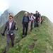 Unsere Gruppe auf dem Grat zwischen Widderfeld und Tomlishorn