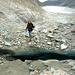 Diese Gletscherspalte stellte sich als unüberwindbares Hindernis dar ... oder waren es eher die rutschigen (Halb-)Schuhe?