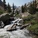 Im Aufstieg auf dem Horse Creek Trail - Horse Creek am Wegrand und Horse Creek Peak im Hintergrund.