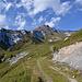 wieder auf der Alpstrasse, nochmals Blick zum Tscheppgrat