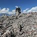 Panum Crater, Plug Trail - Unterwegs im Bereich des Lava-Doms. Blick auf eines der typischen Felder aus vulkanischem Gestein am Wegrand.