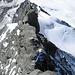 Ein berauschender Tiefblick, anhaltende Kletterei im III.Grad