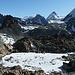 Aussicht beim Abstieg zum Col Collon. Oben rechts die vereiste Steilflanke Richtung Mont Brulé-Westgrat.