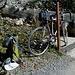 Umsteigen auf's Rennrad beim Kurhaus Sennis. Naja ein Mountainbike wär auch nicht falsch! Aber gelohnt hat sich's allemal.