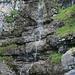 kleiner Wasserfall beim Aufstieg