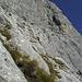 beim Abstieg durch die Südmulde sehen wir dann nochmal ganz oben rechts im Südpfeiler eine Seilschaft