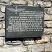 Gendenktafel an der Leitsstelle der schweizer Luftwaffe für das Schießgebiet Ebenfluh auf dem Grätli