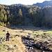 Anna a Corte Mognola, il Lago Mognola si trova sul ripiano superiore, a destra si intravede la cascata.