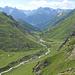 Val Tasna, im Vordergrund Alp Urschai (2106m)
