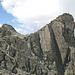 Der doppelgipflige Piz Urschai Dadaint, links der höchste Punkt (3097m)