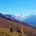 Kurz vor P.2275 hat man wohl die schönsten Ausblicke auf den Talschluss des Val de Zinal. Man kann vom Punkt 2275 einen Abstecher aufs Illhorn machen (etwa 2 Stunden hin und zurück, [http://www.hikr.org/tour/post14335.html Bericht 1] von [u johnny68] und [http://www.hikr.org/tour/post30110.html Bericht 2] von [u alpensucht])