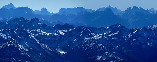 Dolomitenpanorama vom Gipfel des Großglockners.