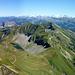 Der komplette Route ist hier deutlich einsehbar:<br />Abstieg in den Eiseesattel - Anstieg zum Arnihaaggen SO-Gipfel, weiter zum Arnihaaggen NE-Gipfel, zurück, über den geschwungenen Verbindungsgrat hinüber, dann rechts durch die SO-Flanke der Hohen Gümme zum Giebel. Hinunter in den Sattel und übers Hörnli zum Wilerhorn. Von dort nicht sichtbar hinunter zum Brünnigpass.