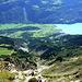 ...und schon kann man einen berauschenden Tiefblick vom Gipfel hinunter nach Brienz genießen.