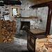 L'interno del rifugio all'Alpe di Marcri