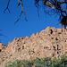 Beim Zeltplatz – Nachmittagssonne über den Felszügen