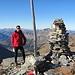 auf dem Gipfel, die Schweizer Fahne ist bereits eingewintert