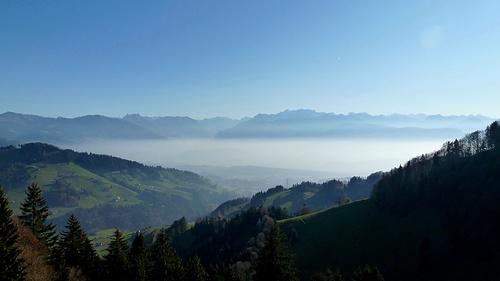 Immer wieder ein schöner Anblick und Freude dass man sich über dem Nebel befindet.