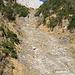 Die Felsrinne; am oberen Ende des Bildes ist die erste Wasserfallstufe zu erkennen