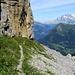 Le sentier en direction de Sousegg. Au fond: Wetterhorn