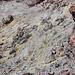 Blick in den Krater, Schwefeldämpfe
