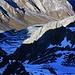 Tiefblick vom Gipfel des Chlein Ducan / Ducan Pitschen (3004m) ins etwa 750m tiefer liegende Ducantal.