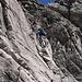 Herrliche Kletterei in einer Schichtrinne (II), der Gipfel ist schon zum Greifen nahe