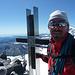 Glücklich und zufrieden auf dem Gipfel des Strahlhorn