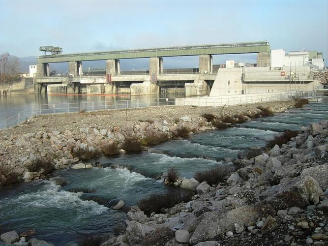 Kettler Gartenmobel Lounge : Wasserkraft mit Fischtreppe und Atomkraft nahe beisammen [hikrorg]