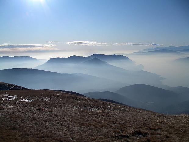 Mystische Stimmung über dem Lago Maggiore