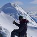 Nach etwas bröckliger und übelriechender Kletterei (Schwefel...) auf dem Gipfel des Pico Argentino, ca. 3380m. Dahinter Pico Chileno und das Matterhorn Chiles: Puntiagudo.