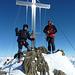 am Gipfel nur ein kurzer aber eindrucksvoller Rundumblick; es ist zu kalt und windig