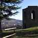 Torre posta nei pressi del castello di Baradello.