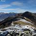 Sguardo all'indietro verso il Monte Paglione e [http://www.hikr.org/tour/post6142.html Monte Gambarogno]