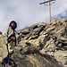 Marion unterhalb des Gipfel der Roten Säule (Rote Saile).<br />Die ersten Abstiegsmeter.