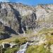 Nala mit Btta del Torrone: oben rechts die zum Querpfad hinaufführende Rippe