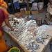 Auf dem Marché St Maur: Viele Gerüche gab's zu riechen, aber dieser von getrockneten Fischen war eine echte Herausforderung...