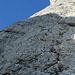 Wie eine Perlenkette aufgereiht, die (wartenden) Bergsteiger