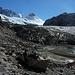 Das Ende des Gletschertrekkings ist noch lange nicht das Ende des Rückweges. Schuhwechsel an der Zunge des Glaciar Marconi, eines Ausläufers des Hielo Continental.