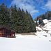 """Die ultimative """"Glanzleistung"""" des Tages… Rechts der Hütte erblick der alpinbachi einen Wasserlauf, könnte doch ein interessantes Foto Motiv werden…"""