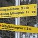 Start am kleinen P am Straßenrand, südlich von Schwarzbach - unser Ziel ist bereits ausgewiesen.